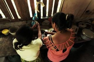 2015_6_27_Ecuador_Canelos_FishPreparation
