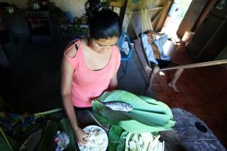 2015_6_27_Ecuador_Puyo_MakingMaito
